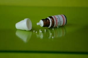 homeopathy-962079_640